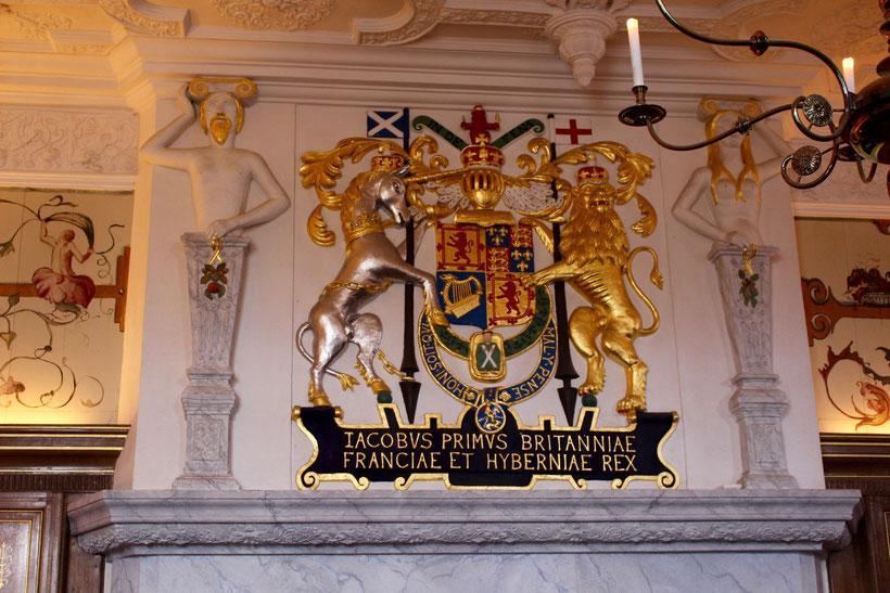 Edinburgh Castle. Geburtsort von Jakob VI, dem Sohn Maria Stuarts. Das Geburtszimmer, ein kleines Kämmerchen neben den Räumen der Königin, kann besichtigt werden