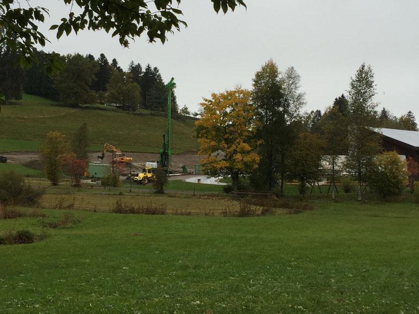 Baustelle am Wohnmobil-Stellplatz in Scheidegg. Hier wird bald ein Hotel stehen