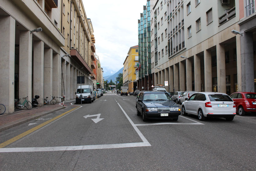 Die Freiheitsstraße in Bozen. Für die Fahrtenschreiber immer einen Ausflug wert!