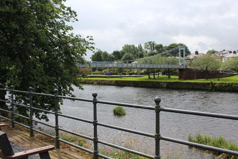 Hängebrücke über den River Nith, Dumfries