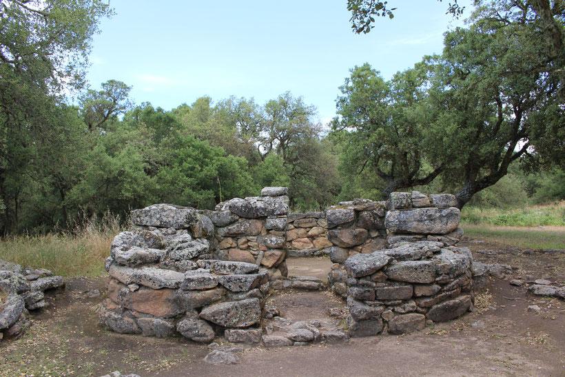 Brunnenheiligtum und nuraghisches Dorf Su Romaneszu bei Bitti
