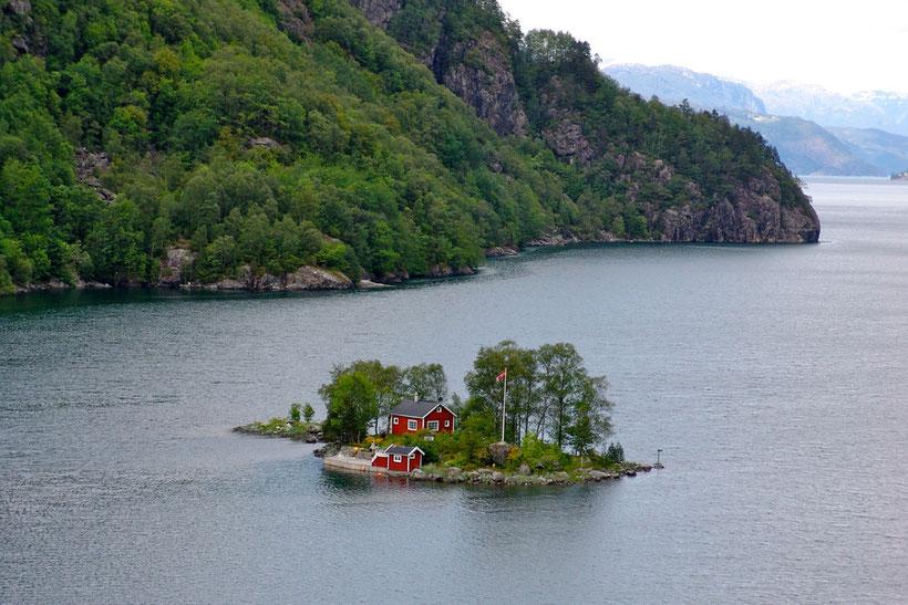 Insel im Fjord. Wie es sich dort wohnt?
