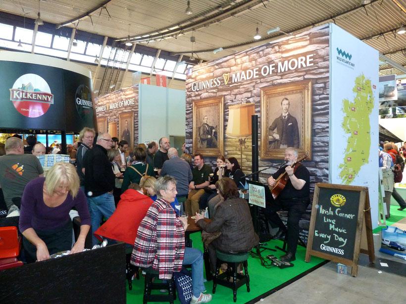 Am Irish Corner: viel Guiness und irische Live-Musik