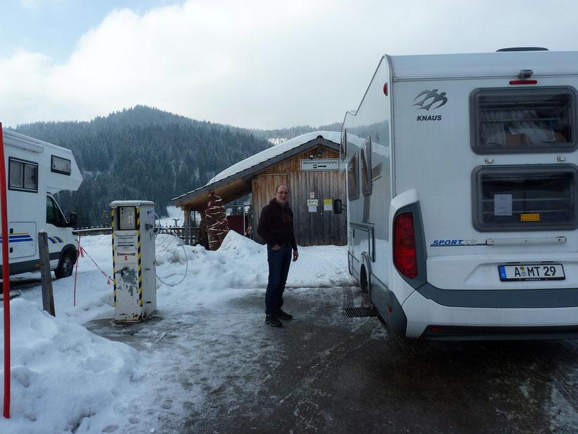 Ver- und Entsorgungsstation am Schwabenhof