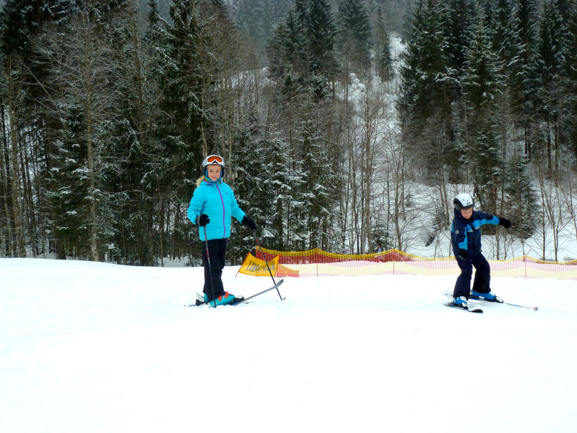 Skifahren vor der Villa