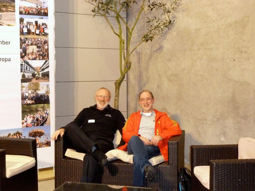 Auf der Couch. Hans-Hermann und Thomas