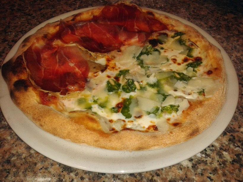 Questa è la pizza Matteo... Simbolo dell'originalità che ci caratterizza.