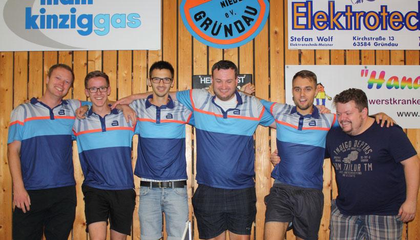 Foto TTV Gründau erste Herren: Manuel, Tom, Felix, Marc, Patrick und Marco