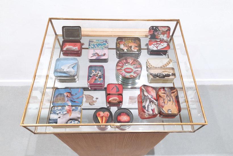 """Vue de l'exposition """"Corps surréalistes"""" à la Galerie l'Openbach, 2021"""