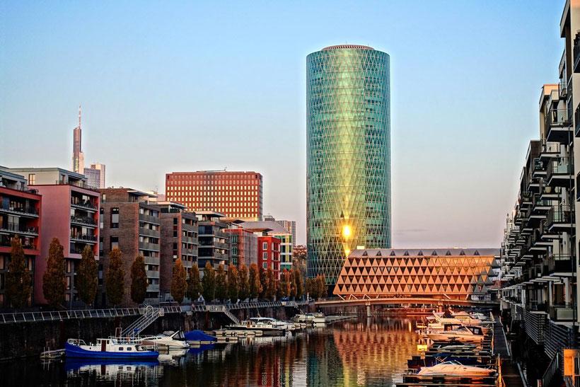 Frankfurt Marina Westhafen Gutleutviertel
