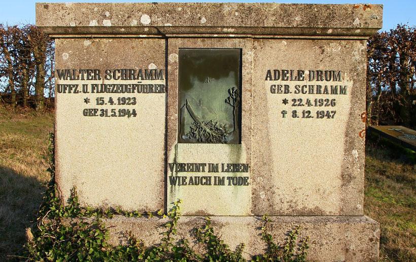 Verlassener Friedhof im Landkreis Kusel (Februar 2012)