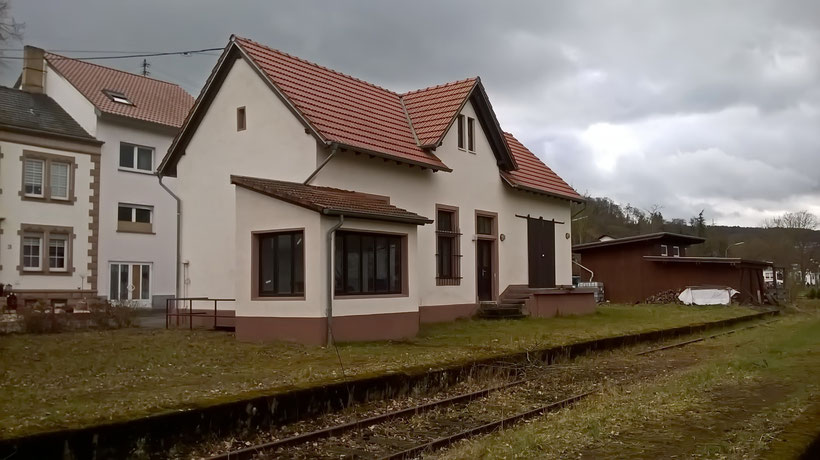 Bahnhof Brotdorf
