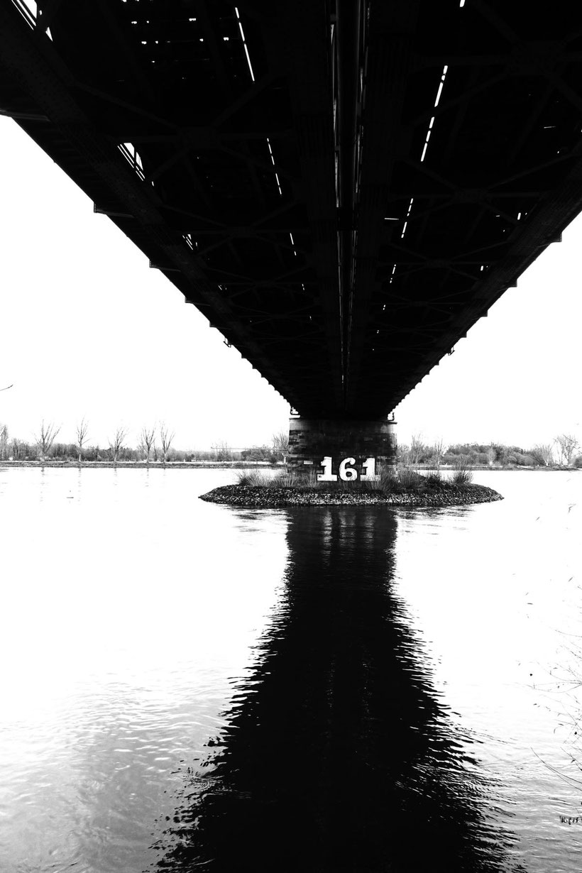 Eisenbahnbrücke Mainz Weisenau