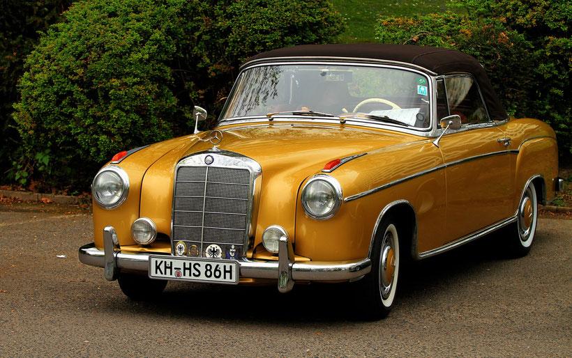 Oberklasse-Cabriolet 220