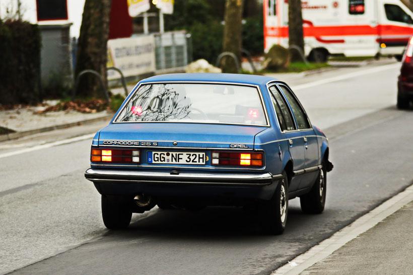 Opel Commodore C aus Wiesbaden (2016)