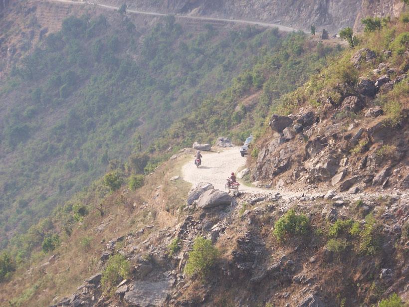 Road trip moto Nepal, le Népal en moto, randonnée moto au Népal