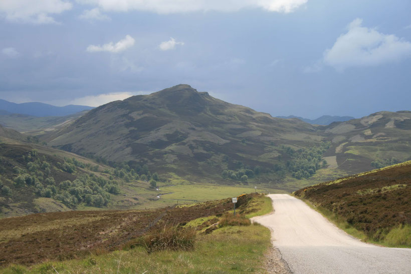 Single Track Road in den Highlands