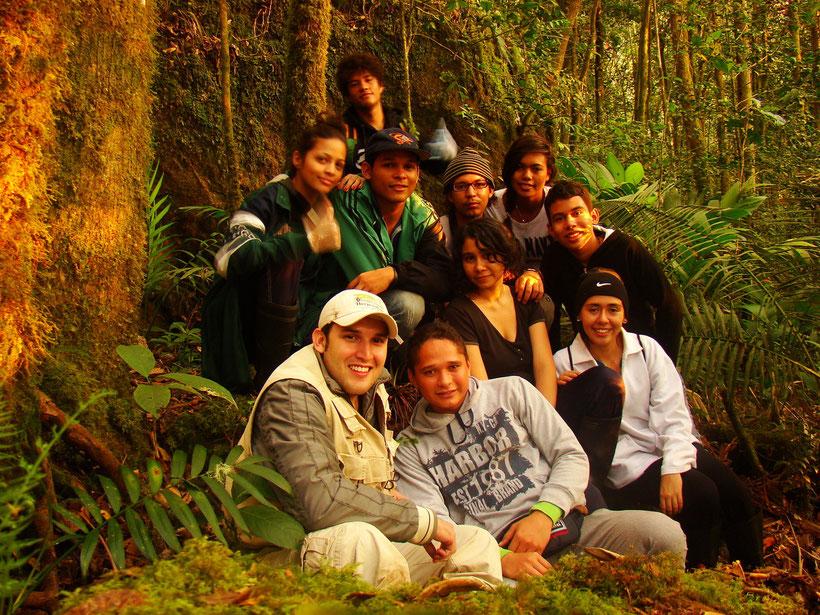 Estudiantes de Herpetología Avanzada (2013-1)