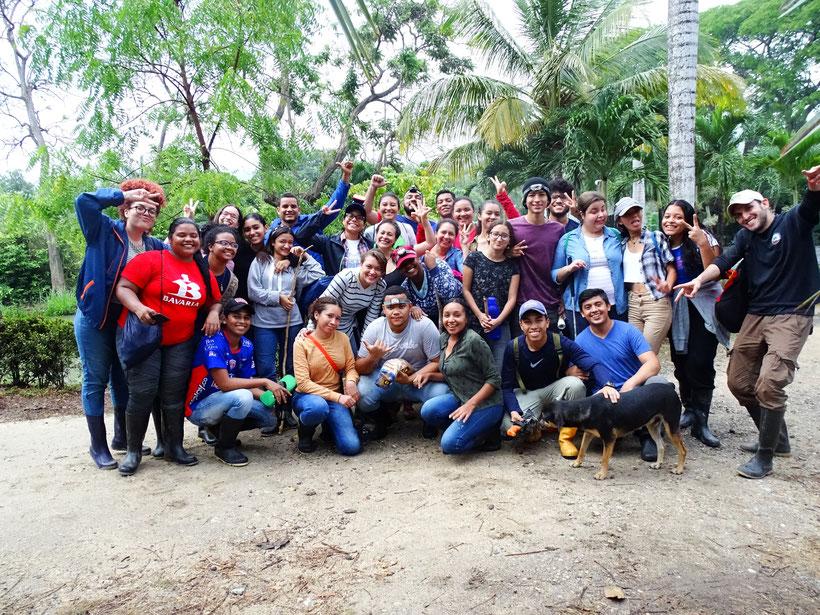 Estudiantes Herpetología Básica (2019-1)
