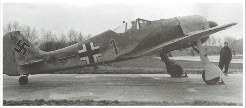 Uno dei primi FW190A-1 consegnati al JG/26 precisamente alla 6 Staffel.