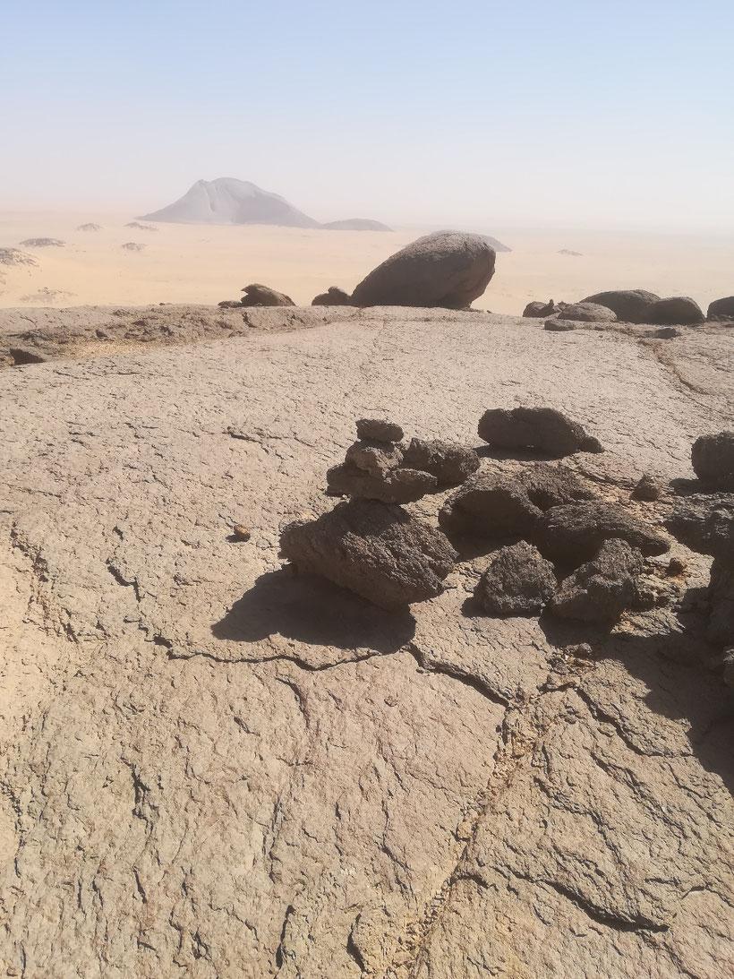 Auf dem Gipfel des Ben Aisha, im Hintergrund der Ben Amira