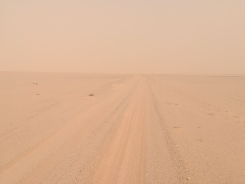 Die Erzbahnpiste - 400 km Sand, Schotter und Wellblech