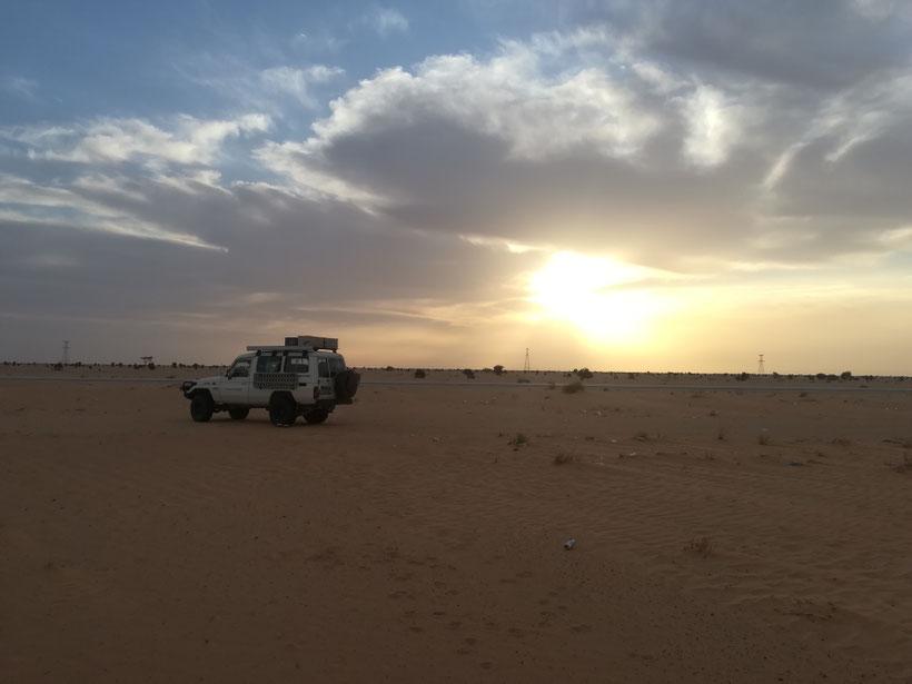 Sonnenaufgang im Norden Mauretaniens