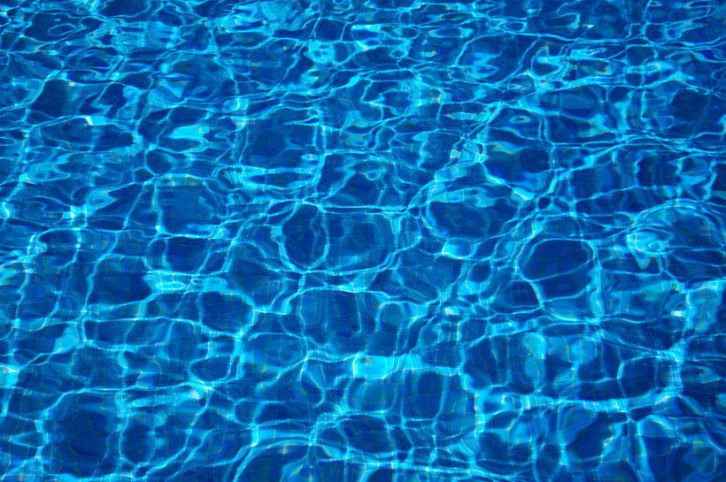 Schwimmbad, Wasser