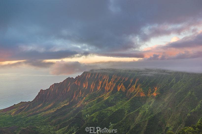 Puu O Kila Lookout, Kalalau Valley, Kauai, Hawaii