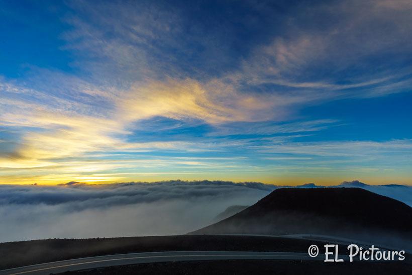 Sonnenaufgang auf dem Haleakala, Haleakala Nationalpark, Maui, Hawaii