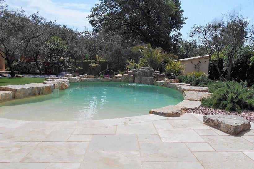piscine-naturelle-travertin