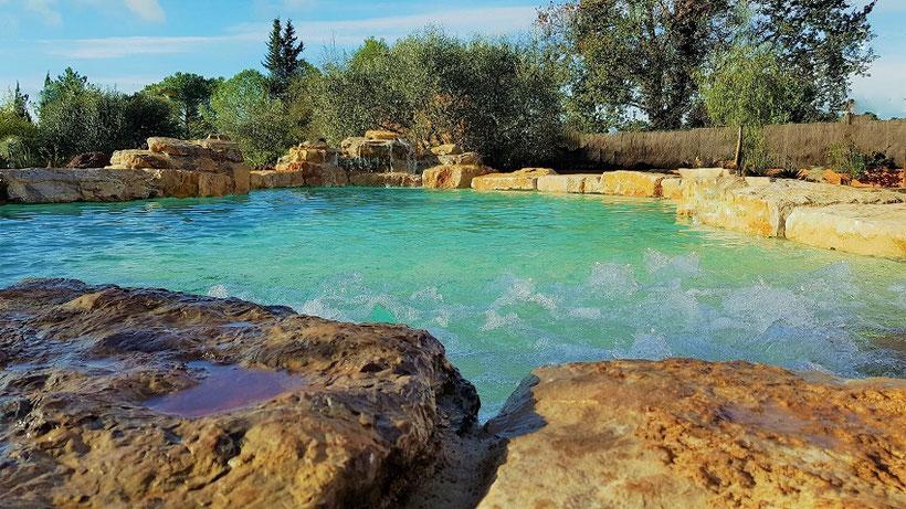 piscine-gros-rochers-cascade