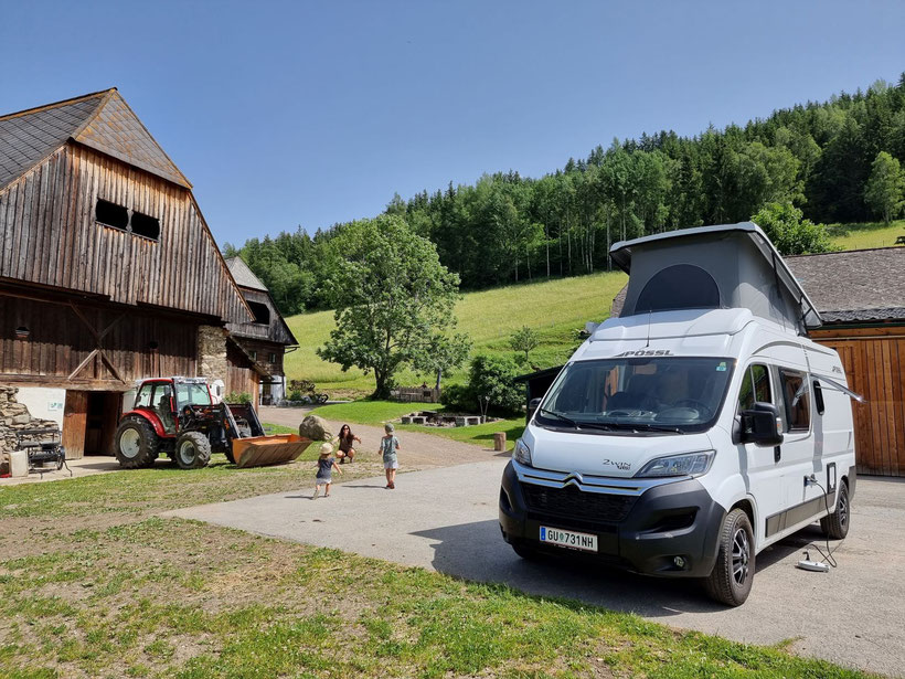 Adelwöhrerhof Schau aufs Land Camping