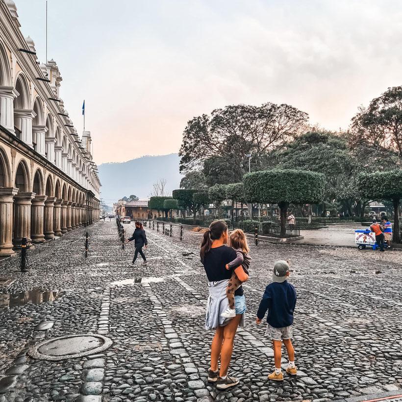 Antigua Guatemala Kleinkind Kind