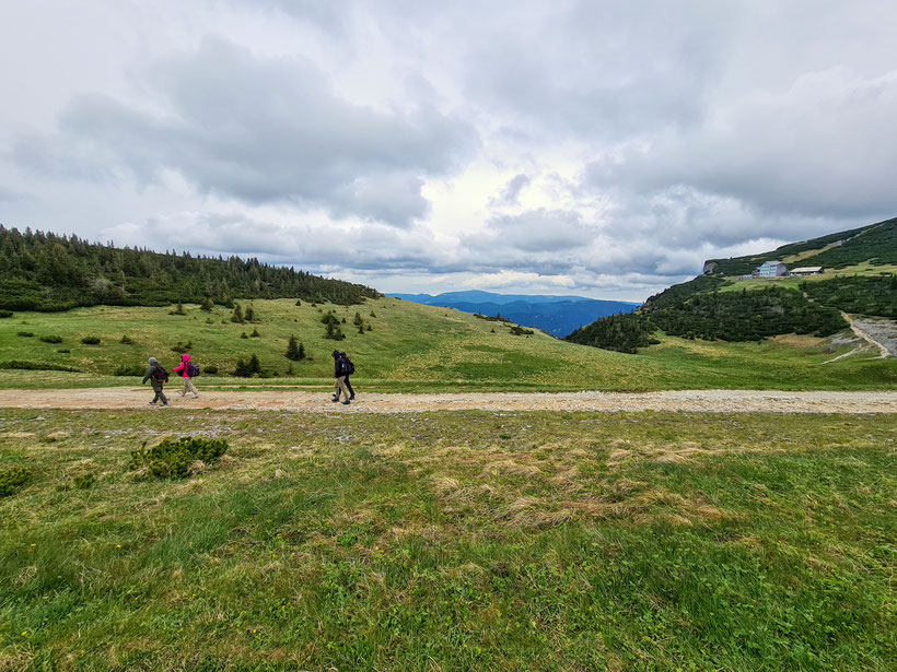 Weg vom Ottohaus zur Seilbahn