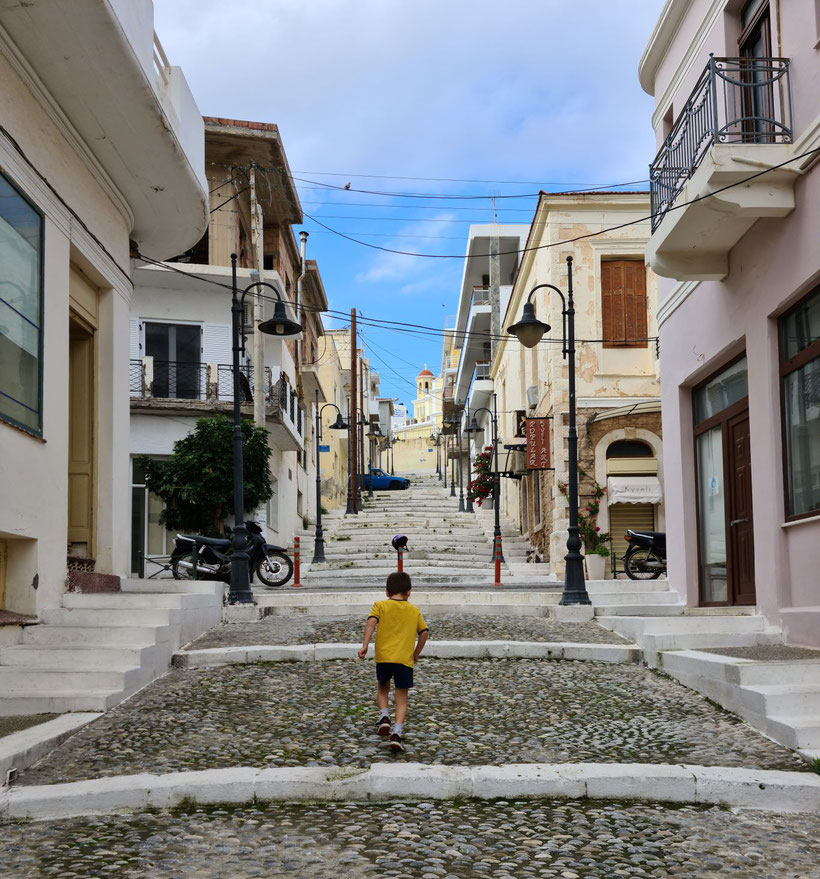 Nunu in der Innenstadt von Sitia