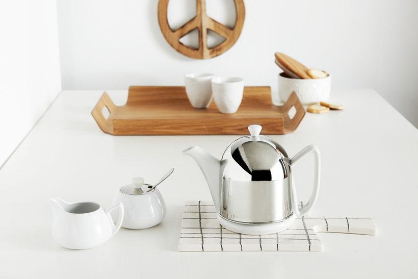 weiße Keramik Edelstahl Teekanne, glänzend