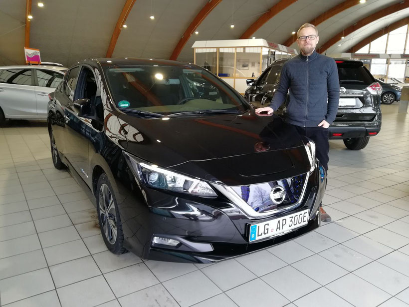 Neuer Nissan Leaf für Alternative Pfeleg von Autohaus Stein