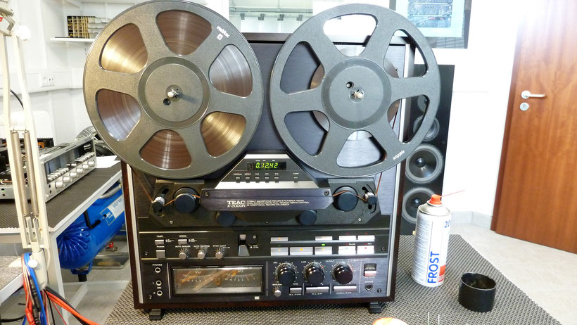 Accuphase E206