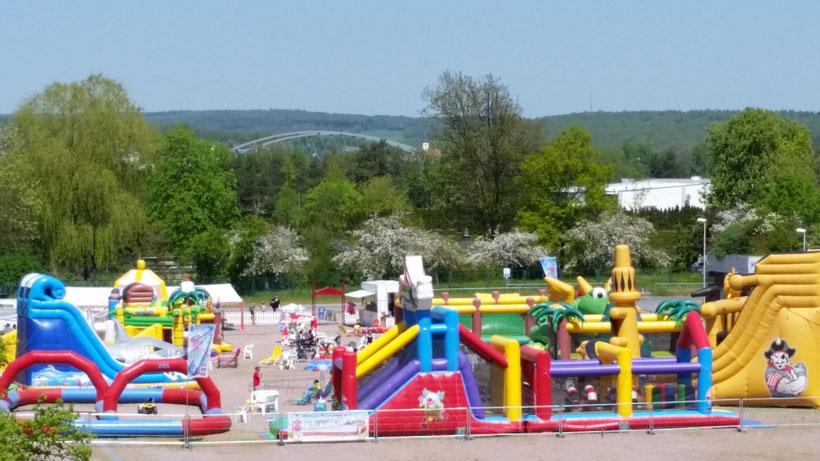 Hüpfburgenpark in Marktheidenfeld