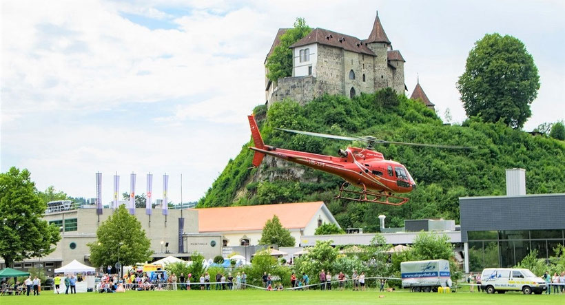 Elite Flights, AS 350, Rundflugtage, Schloss Burgdorf, BUGA2018, HB-ZPF