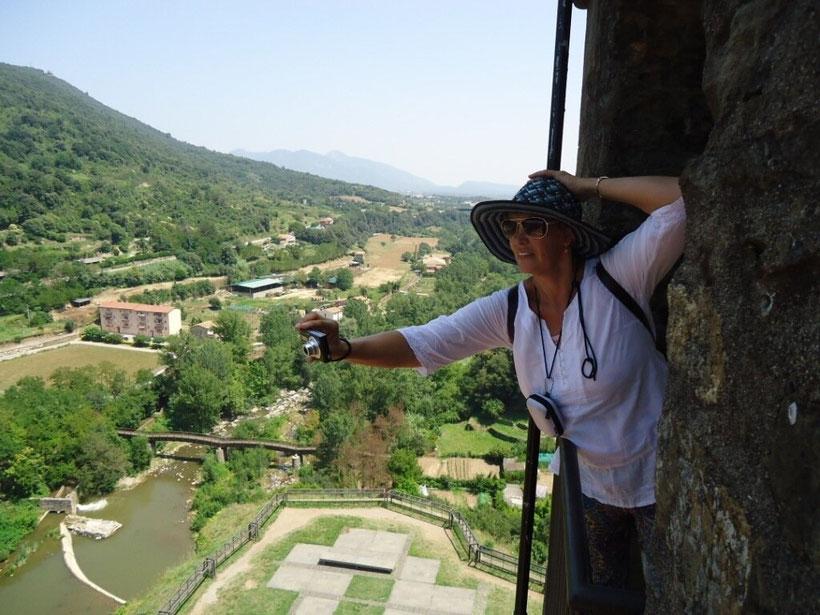 Кастельфольит де ла Рока - живописные городки Каталонии
