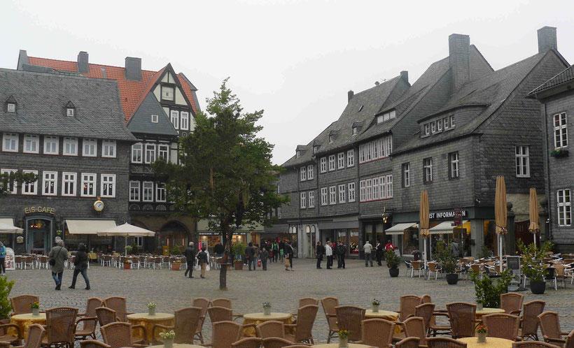 Marktplatz in Goslar: Von hier aus ist man zu Fuß in zwei Minuten beim Zinnfigurenmuseum