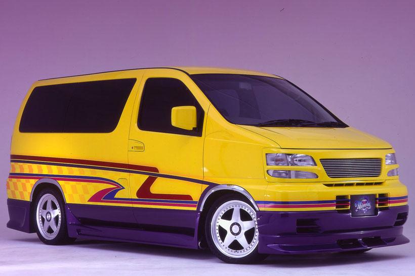 カスタムペイント,グラフィック塗装した、ワゴン車、ニッサンエルグランド