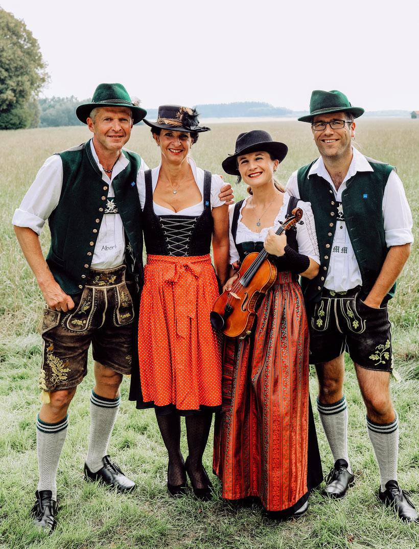 """DIE KULTIVIERTEN - Volksmusik """"natürlich"""" aus dem Allgäu - Bild von Martin Brosig"""
