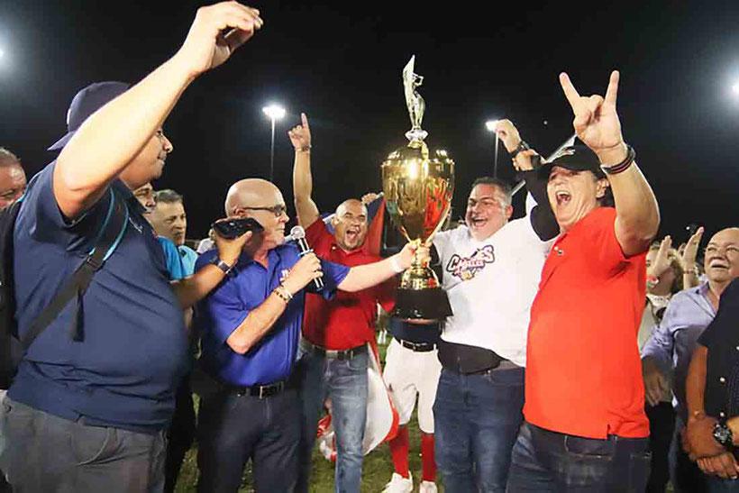 El 16 de febrero, en el estadio Mariano 'Niní' Meaux, de Juncos, hogar de los campeones Mulos inicia la temporada / Foto H. Rosario