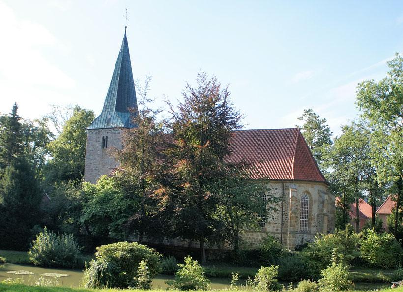 Die älteste Kirchengemeinde im Osnabrücker Nordland. Schon vor der ersten Jahrtausendwende Taufort für die Menschen der Region.