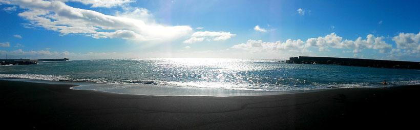 Der schwarze Strand in Puerto de Tazacorte