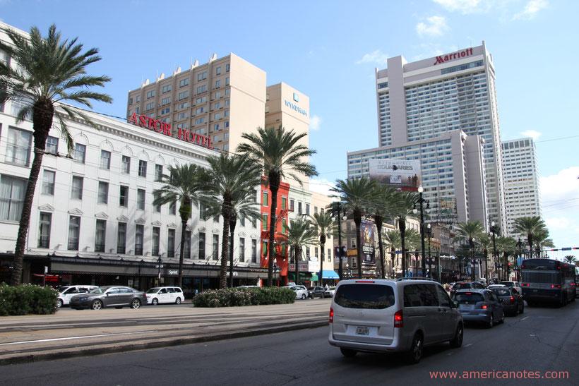 Unterkunfte in den USA buchen: Blick auf die Hotels im Zentrum von New Orleans, Louisiana, USA