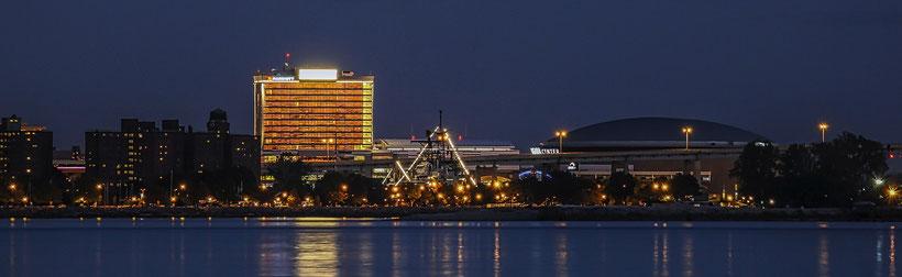 Die besten Sehenswürdigkeiten und Reisetipps für New York State. Skyline von Buffalo.